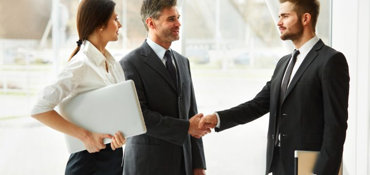 How to Stand Out in Job Hunting