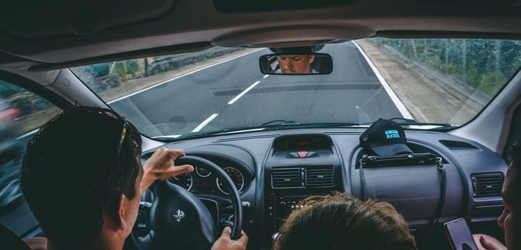 Holiday Driving With Family: Opportunities for Bonding and Learning